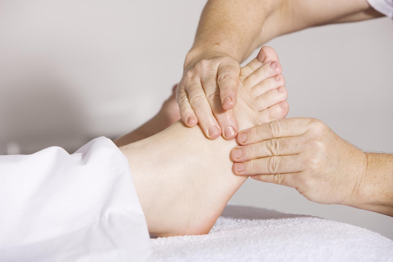 Kokias ligas gydo ortopedai?