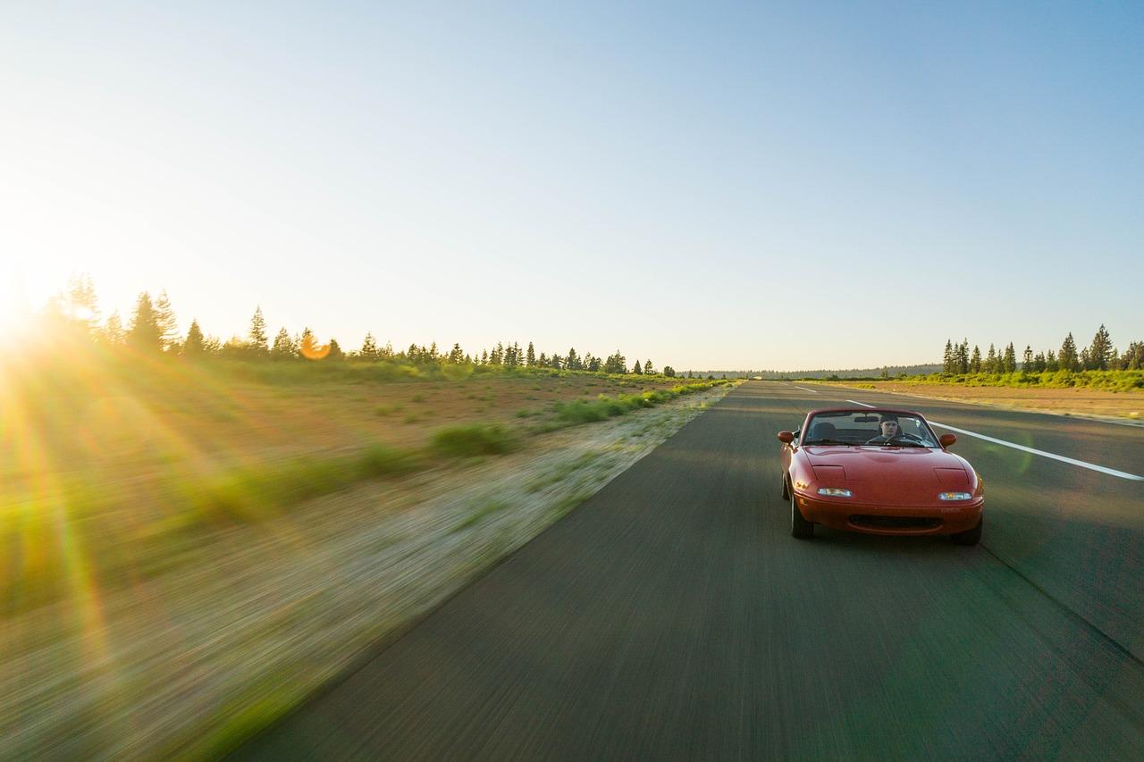 Svarbios priežastys, kodėl neverta viršyti saugaus greičio